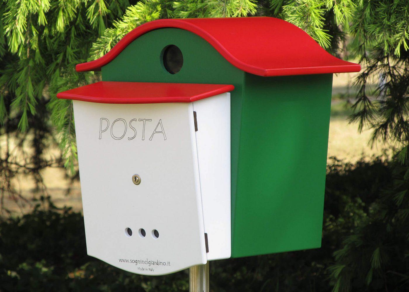 cassetta posta e pane